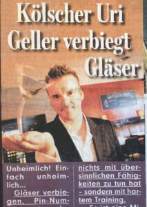 Zeitungsartikel: Kölscher Uri Geller verbiegt Gläser